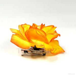 AB-213 Haarrose, Ansteckrose in orange, Ø 10 cm, Höhe ca. 4 cm