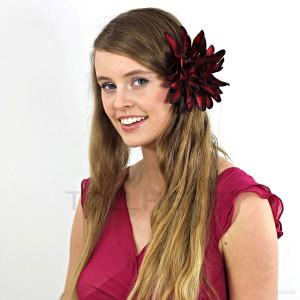 AB-257 Ansteckblume, Haarblume Dahlie in dunkelrot-schwarz, Ø ca.15 cm, Höhe ca. 3,5 cm