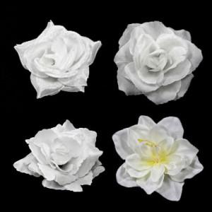 Ansteckblumen und Haarrosen in weiß